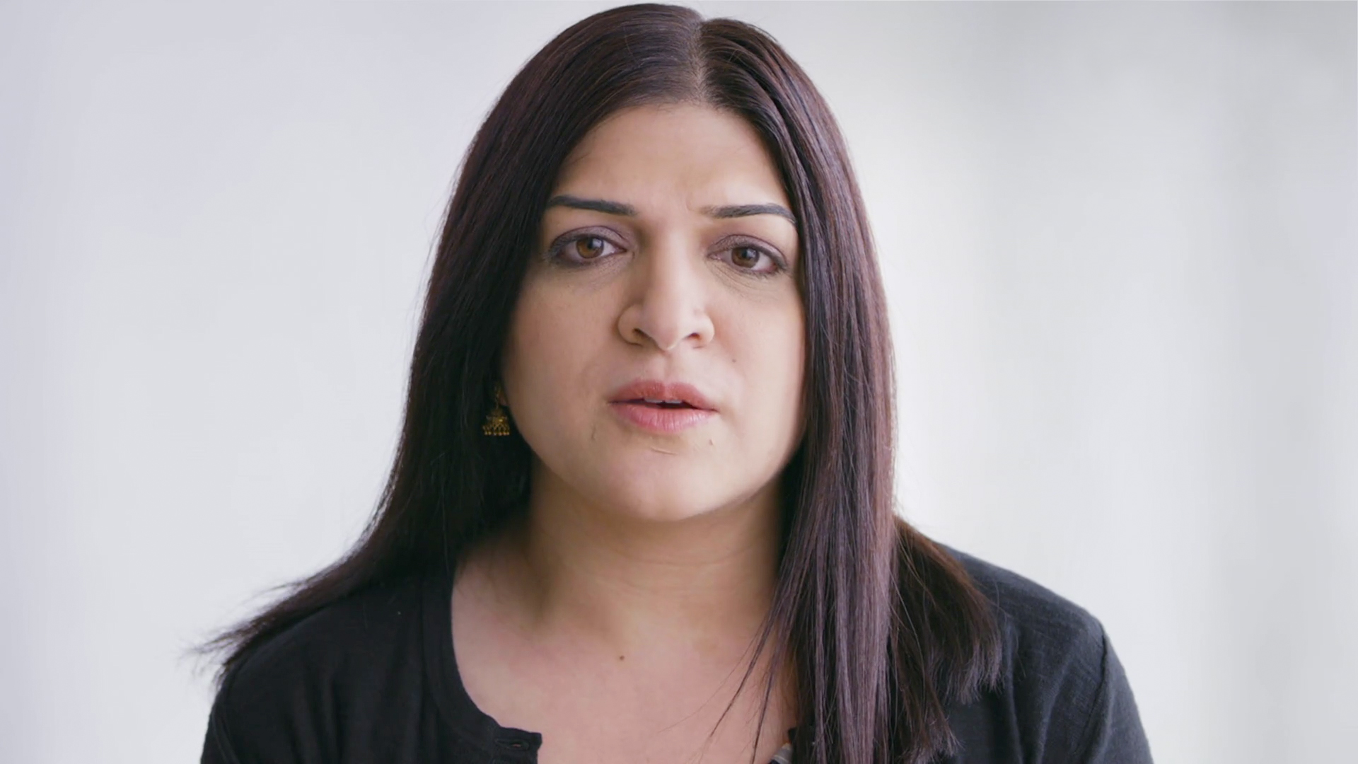 Dr. Julie Nangia