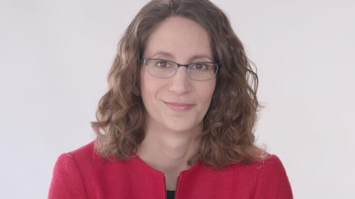 Dr. Sarah Holstein