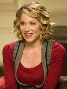 Christina Applegate earlier in her career with short hair