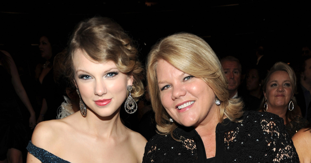 Taylor Swift Performed Soon You Ll Get Better A Song About Her Mother S Cancer Battle For The First Time Survivornet