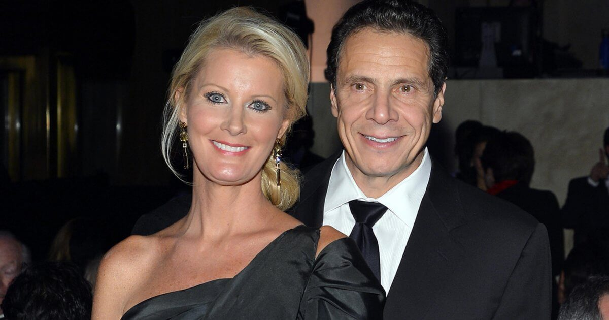 Tv Chef Sandra Lee Bravely Fought Cancer With Ny Gov -2250