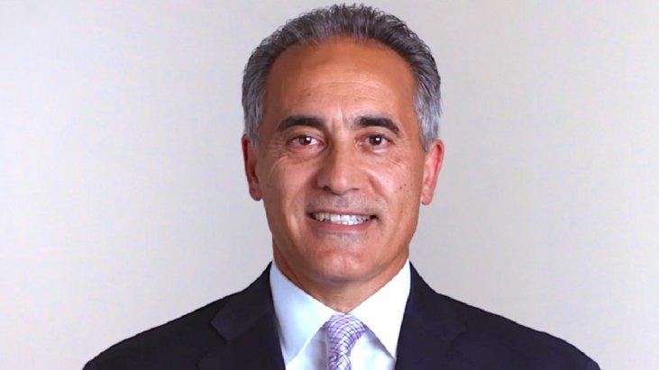 Dr. Luis Vaccarello