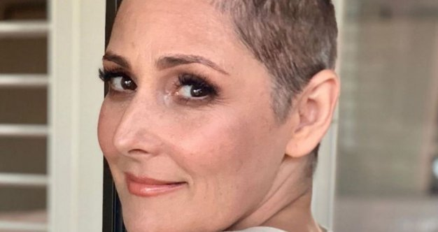 Ricki Lake Liberated And Free Lets Go Of Hair Loss Shame Cancer Survivors Send Messages Of Support Survivornet