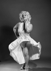 A Colon Cancer Survivor Posed As Famous Figures In Incredible Photo Shoot To Obliterate The Shame Of Her Stoma Bag Survivornet